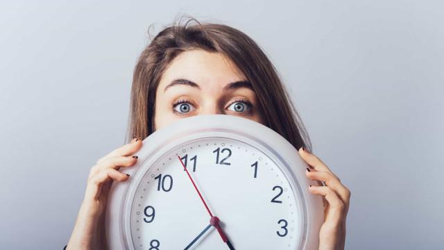 Waarom de tijd sneller voorbij lijkt te gaan naarmate je ouder wordt
