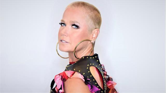 """Xuxa conta por que resolveu raspar a cabeça: """"Libertação"""""""