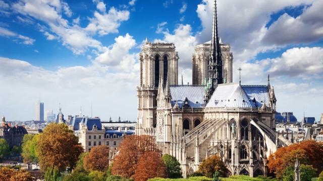Relembre a beleza da catedral de Notre-Dame