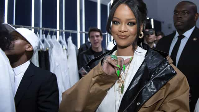How Rihanna really spends her millions