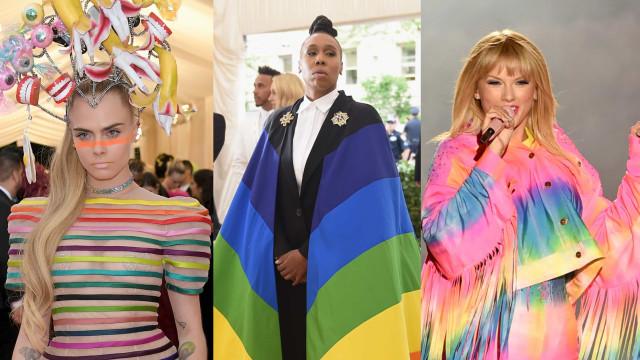 Kendisser iført Pride-farverne