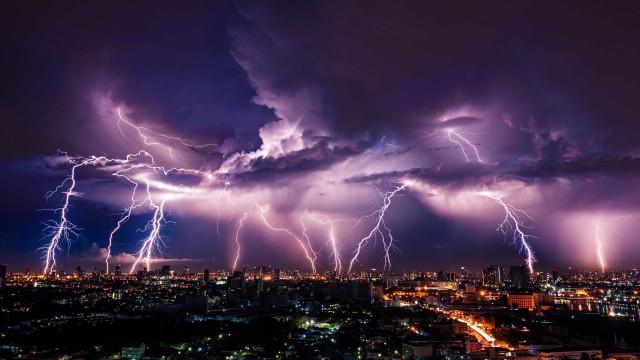 Älä tee näitä vaarallisia asioita ukkosmyrskyn aikana!