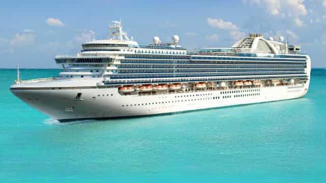 What to pack for a hassle-free cruise vacation