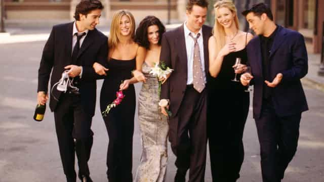 "As teorias de fãs à volta da série ""Friends"" mais rebuscadas"