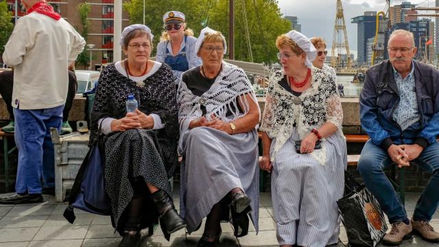 Nederlandse klederdracht: zo liepen we er vroeger bij