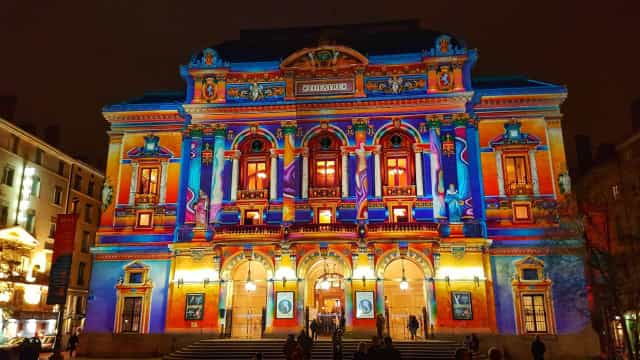 Awesome projection mapping shows from around the world