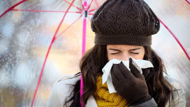 Daily habits that increase your risk of catching a cold