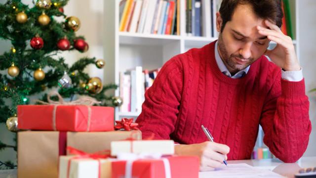 Hvordan unngå å havne i gjeld denne julen