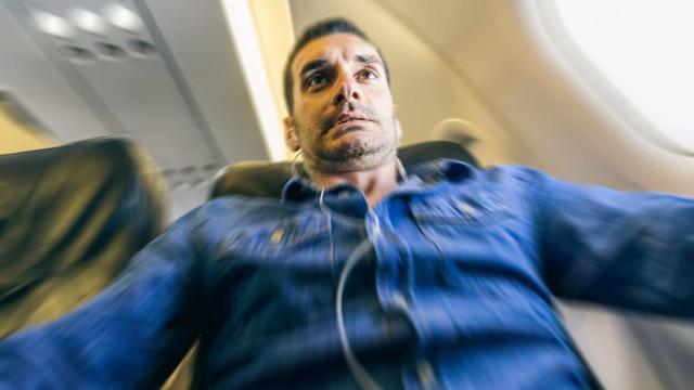 Panik bei Turbulenzen im Flugzeug? Das hier kann helfen