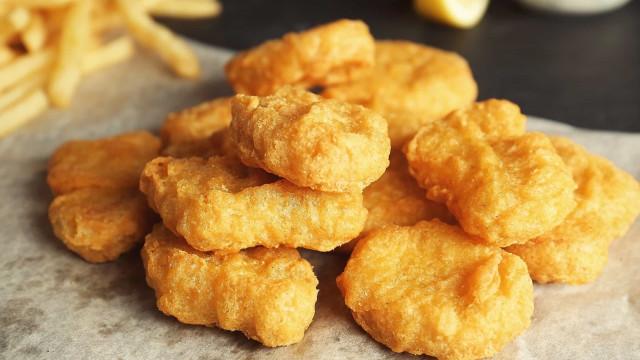 McDonald's-medewerker geeft jarenlang te veel kipnuggets