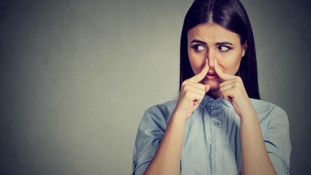 5 voedingsmiddelen die een slechte adem veroorzaken