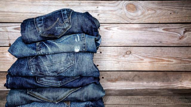 Modi creativi per riciclare i tuoi vecchi jeans
