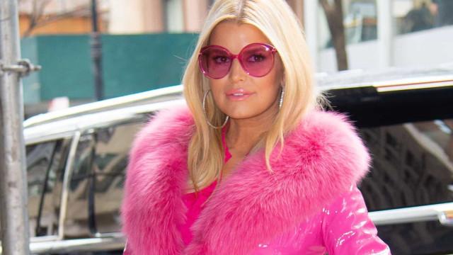 PETA fördömer kändisar som bär päls