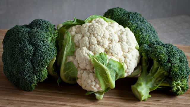 Het gezondheidsverschil tussen een bloemkool en broccoli