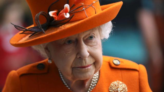 영국 왕실이 코로나 바이러스에 반응하는 방법