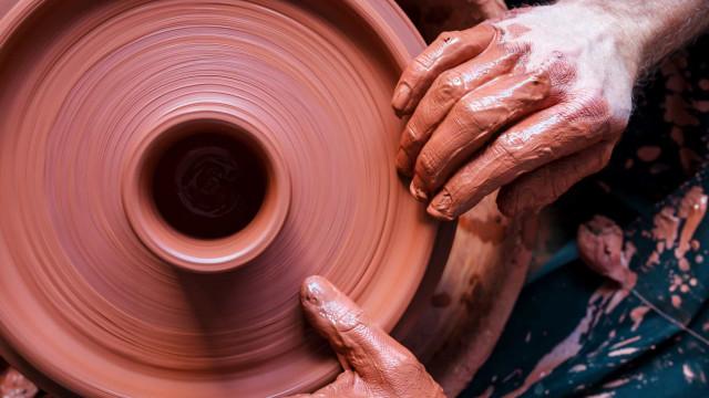 8 nieuwe hobby's waar je de deur niet voor uit hoeft