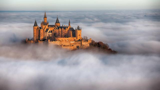 Germania: i magici castelli che sovrastano le colline