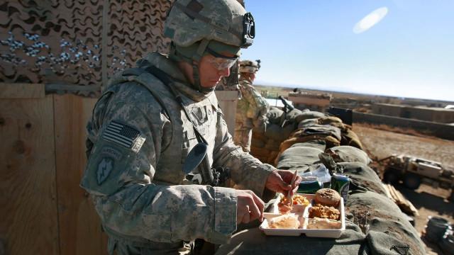 ¿Qué se come en cada ejército del mundo?