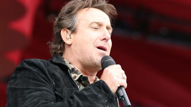 The sound of silence: zangers die hun stem verloren