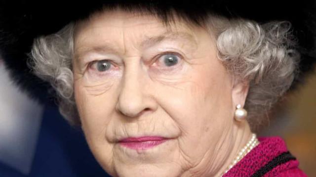In welke van koningin Elizabeth's vele huizen spookt het?