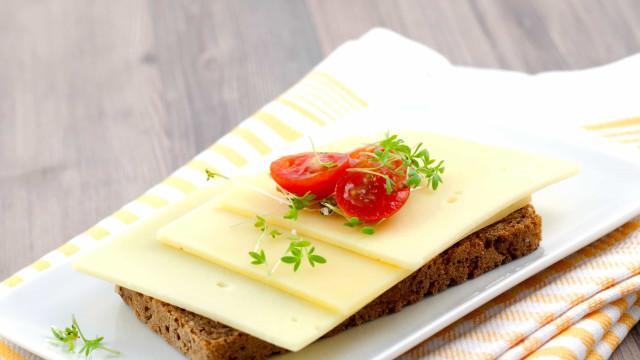 Voedingsmiddelen die onverwacht veel calorieën bevatten
