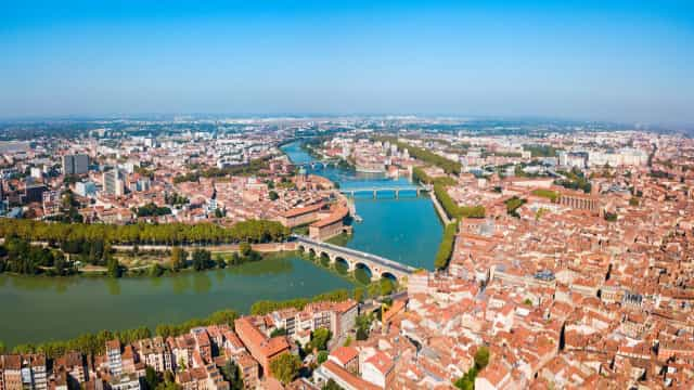 Become enchanted by everything Toulouse