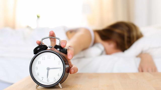 Wie man sich an die Zeitumstellung gewöhnt