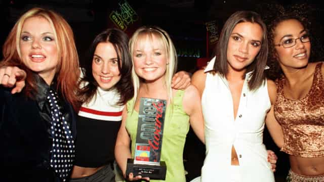 Victoria Beckham faz 47 anos: relembre looks das Spice Girls!