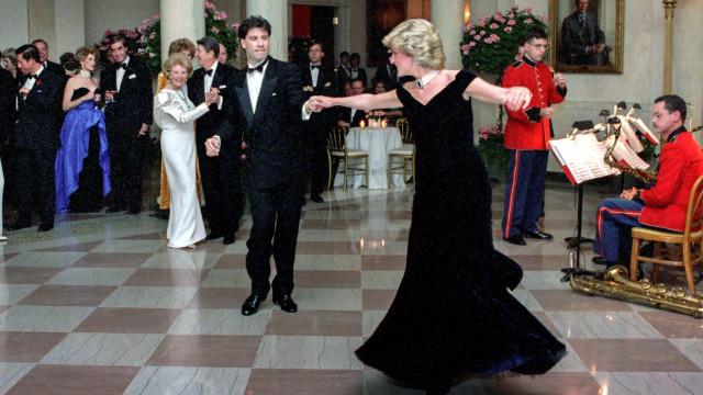 Famosos que tiveram a honra de conhecer a Princesa Diana!