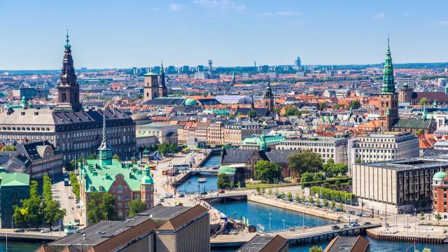 Are you contemplating Copenhagen?