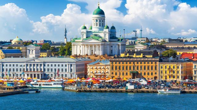 Que tal um passeio por Helsínquia?