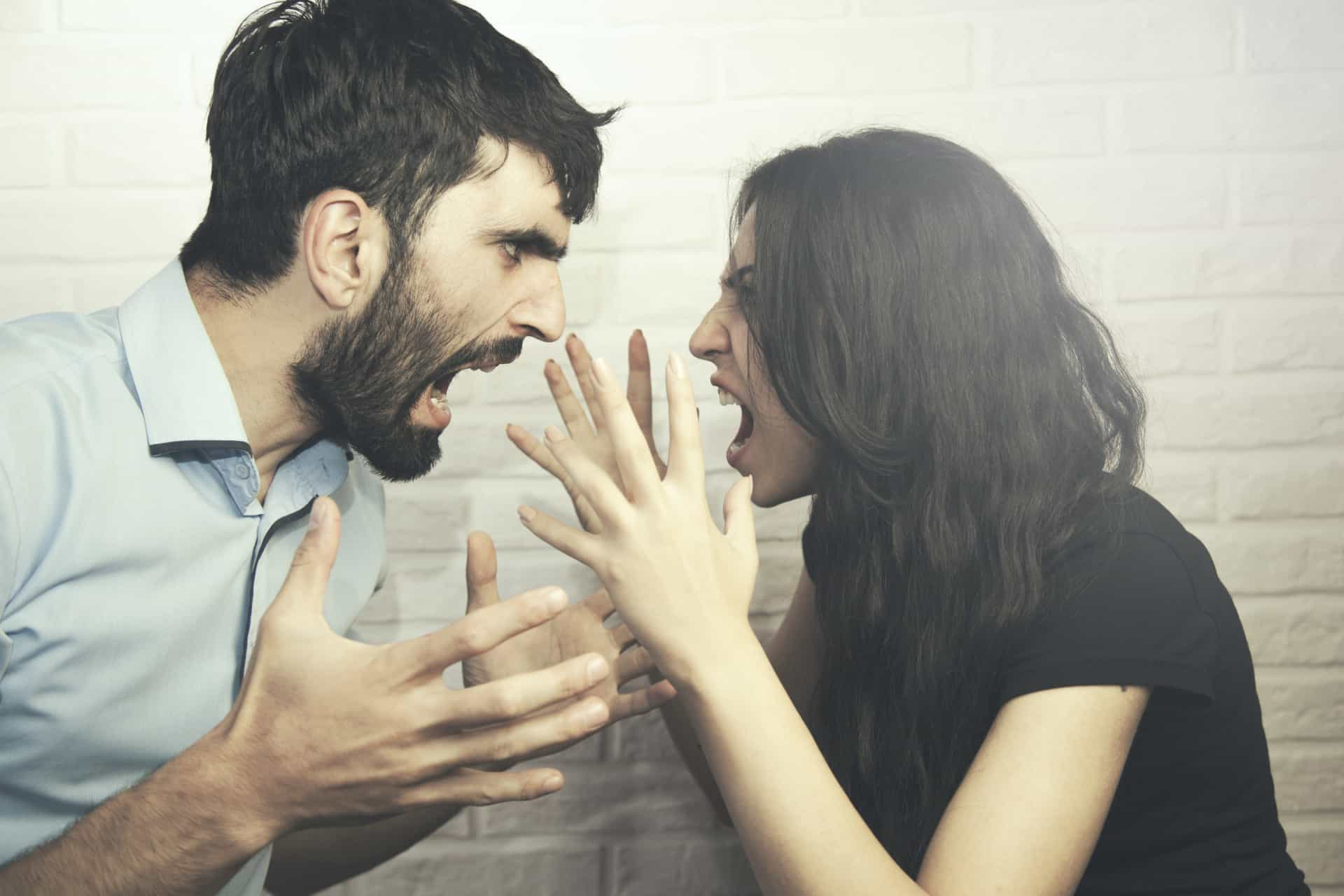 The biggest lies about love that you may believe