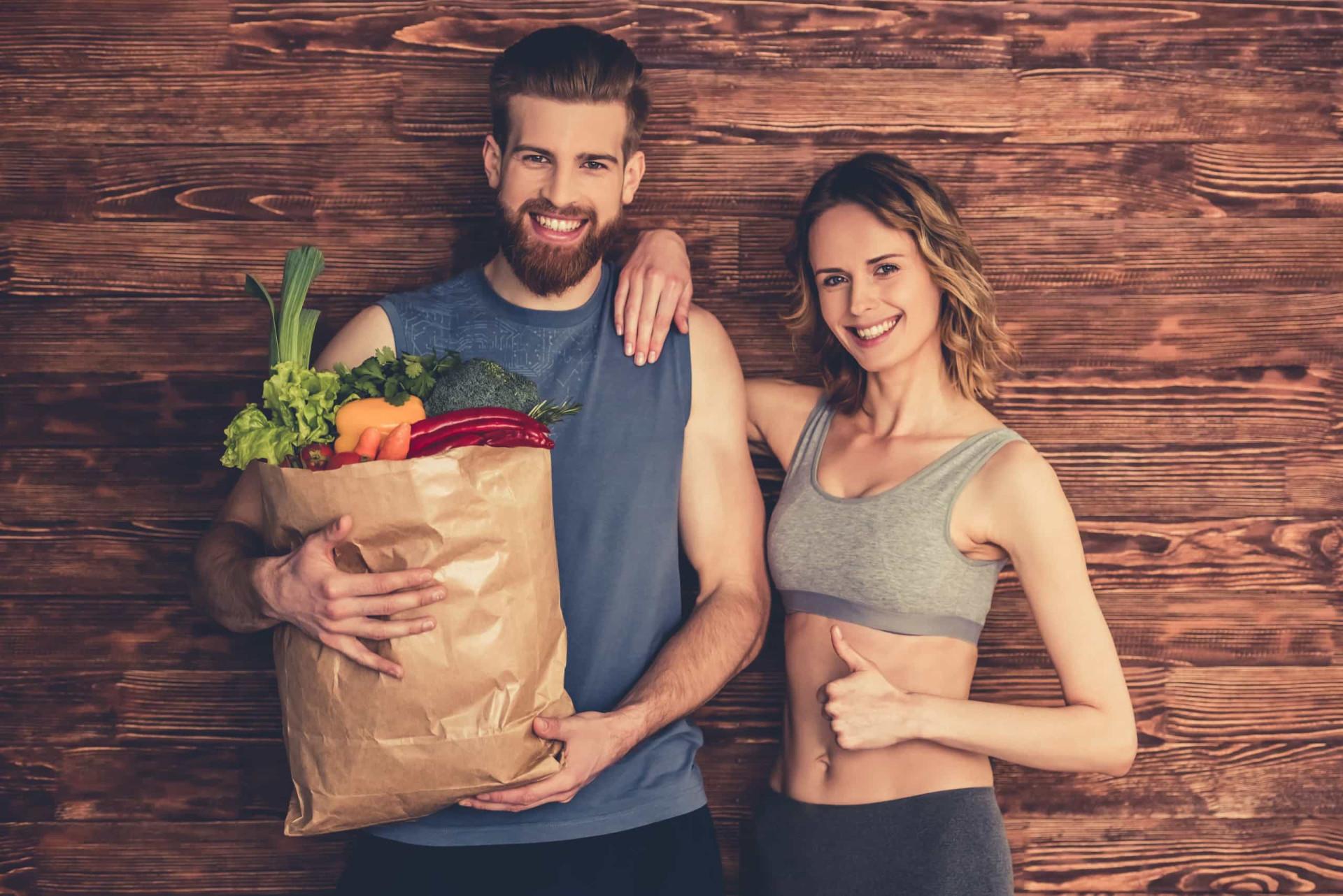 Os melhores alimentos para consumir antes e depois do treino