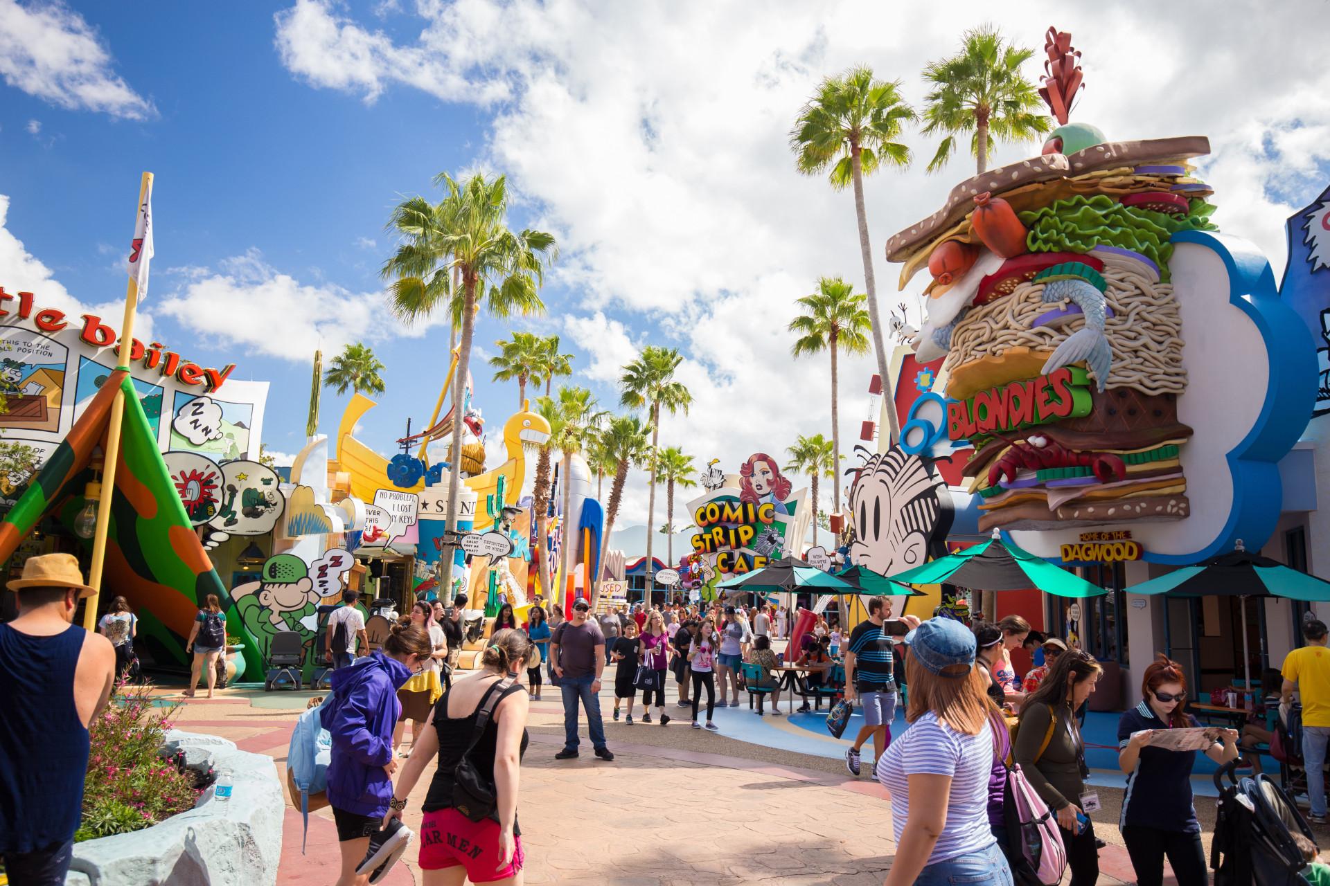 Mielenkiintoiset faktat, joita et tiennyt Disneyn teemapuistoista!