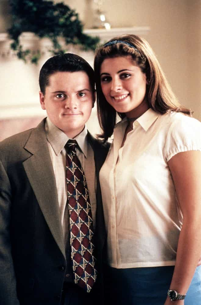 On-screen siblings you didn't know hooked up in real life