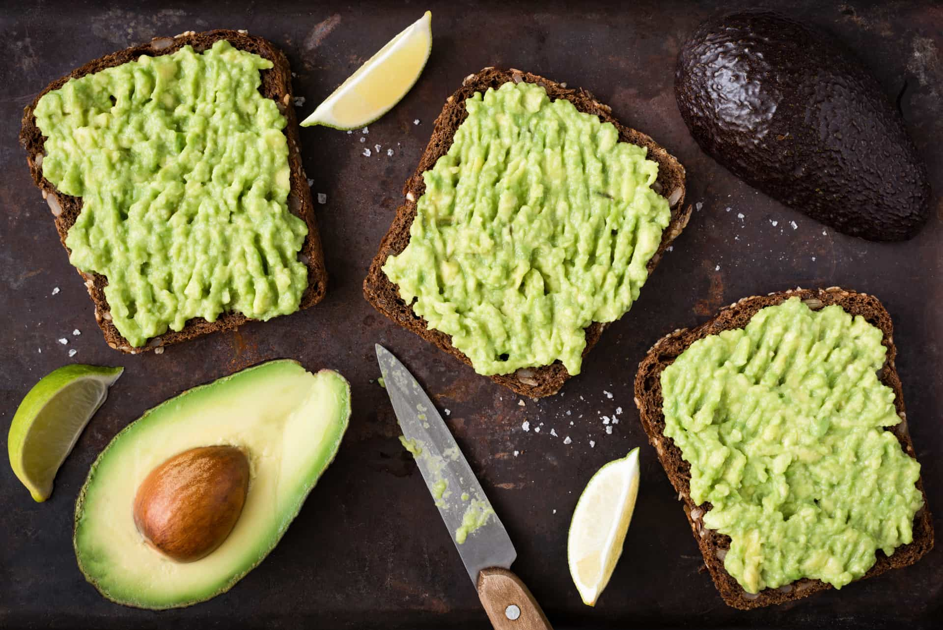 Quick and easy avocado snacks for busy people