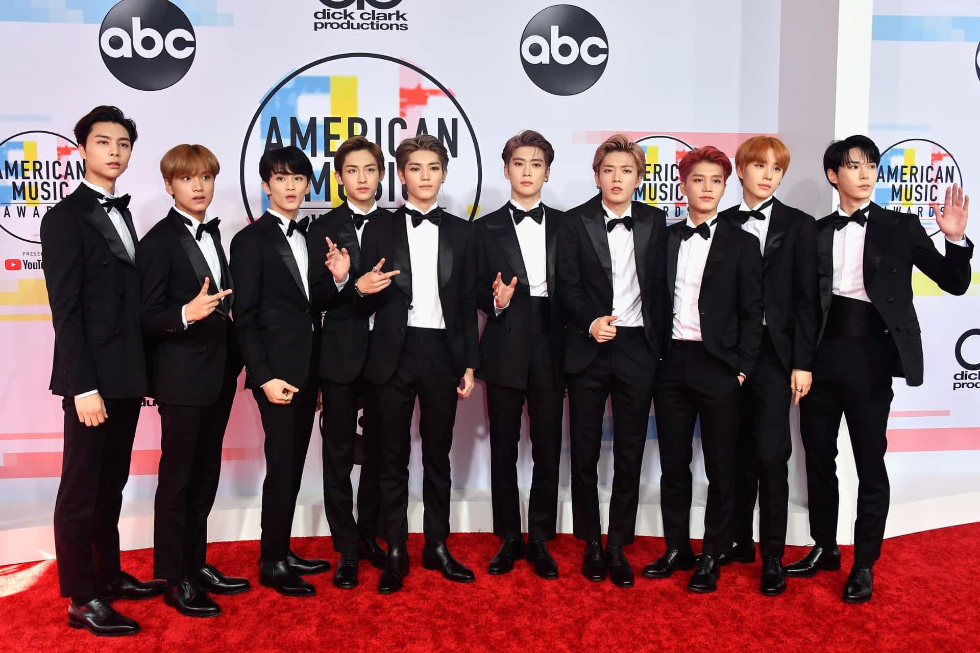 American Music Awards 2018: de outfits!