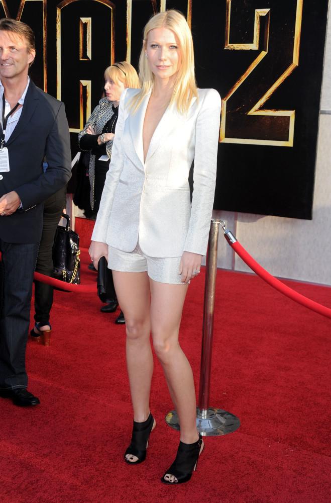 The shirtless blazer: Which star wore it best?