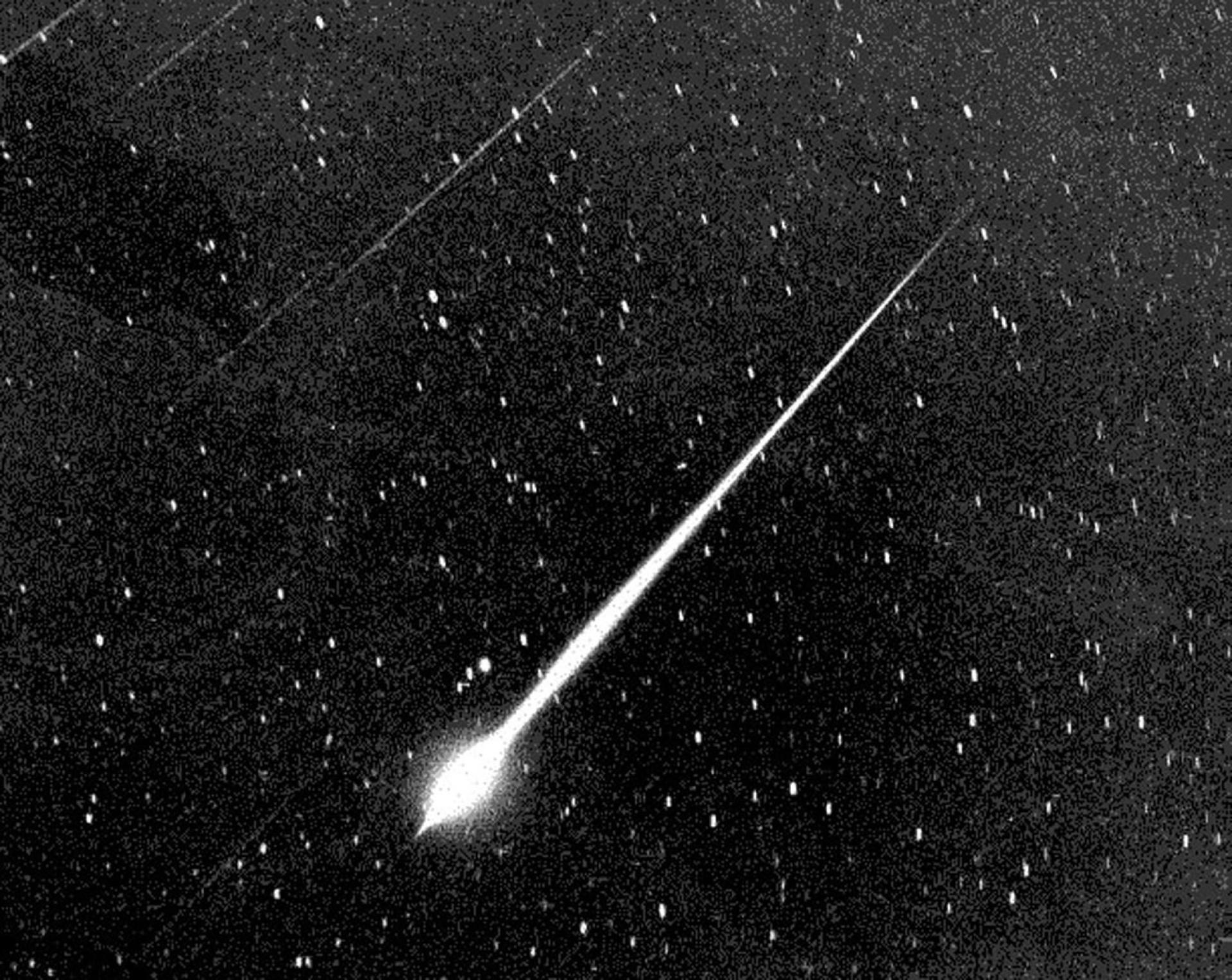 Meteoriparvet, superkuut ja muut taivaankappaleiden liikkeet vuonna 2019