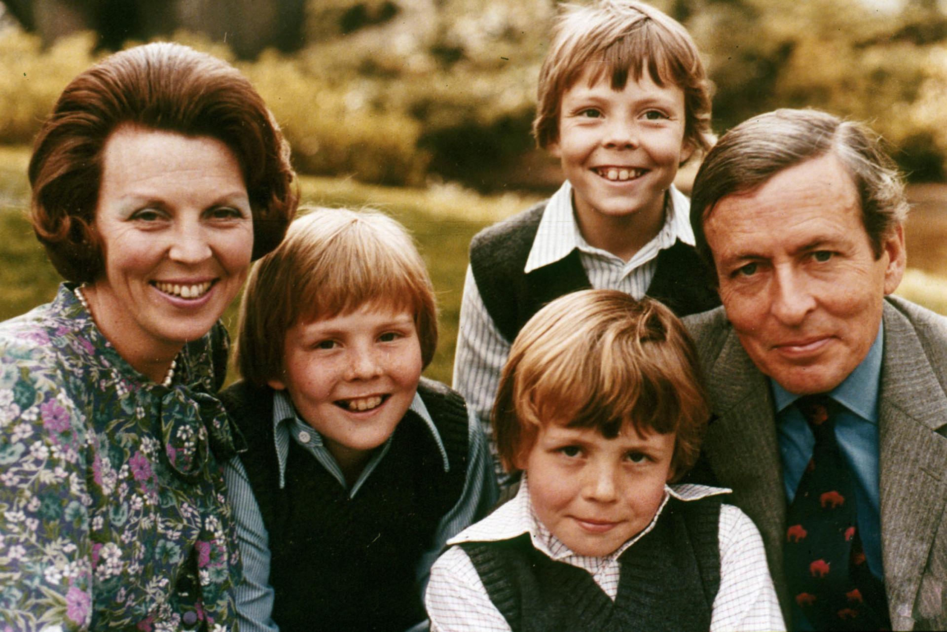 'Liefde' op de troon: prinses Juliana en prins Bernhard