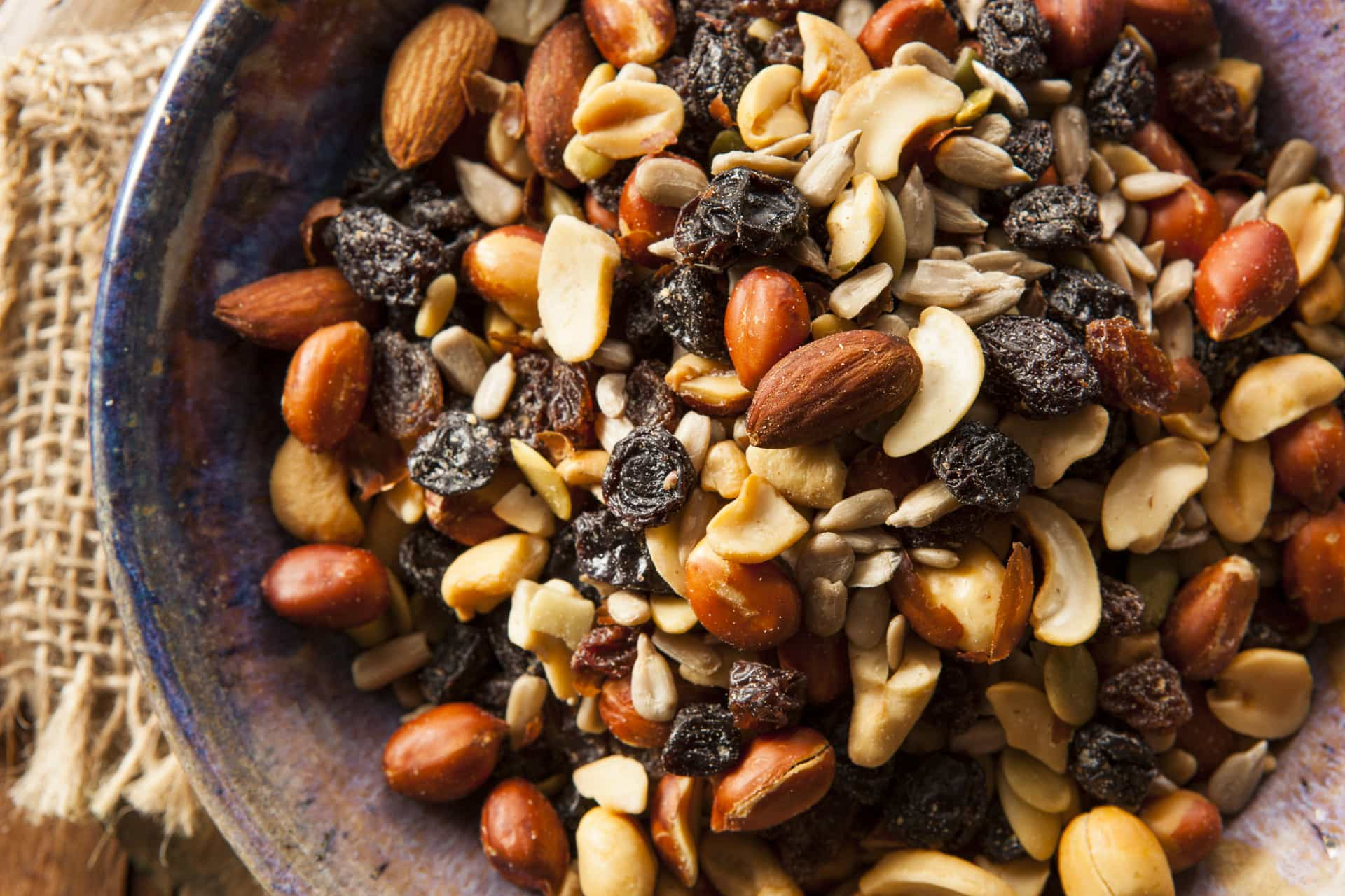 Tasty travel snacks that are healthy and hassle-free