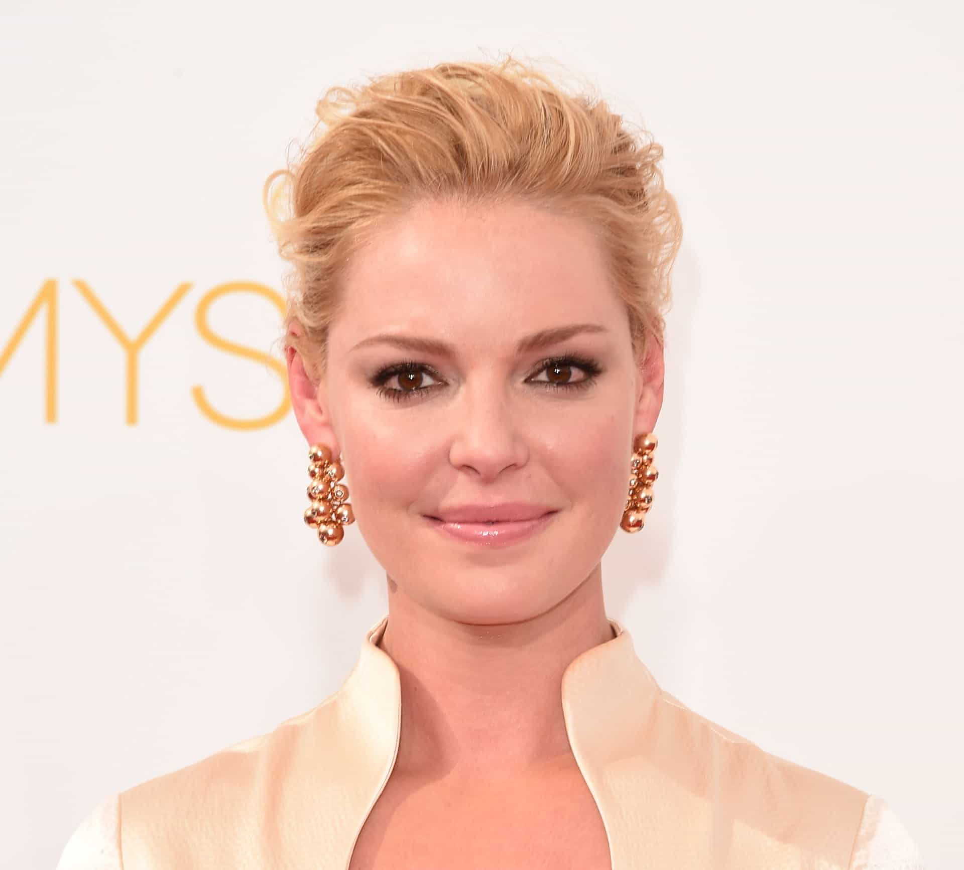 Celebrity secrets to help you quit smoking